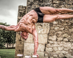 Juggling and Aerialist, He is a Circus Master! Interview with Desko Amat